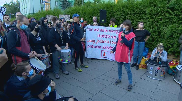 Warszawa. Protest pod siedzibą Straży Granicznej w związku z sytuacją na granicy polsko-białoruskiej