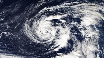Tropikalna burza Florence może zagrozić wschodniemu wybrzeżu USA