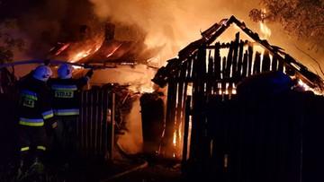 """Dziewięcioosobowa rodzina straciła w pożarze dach nad głową. """"To było najprawdopodobniej podpalenie"""""""