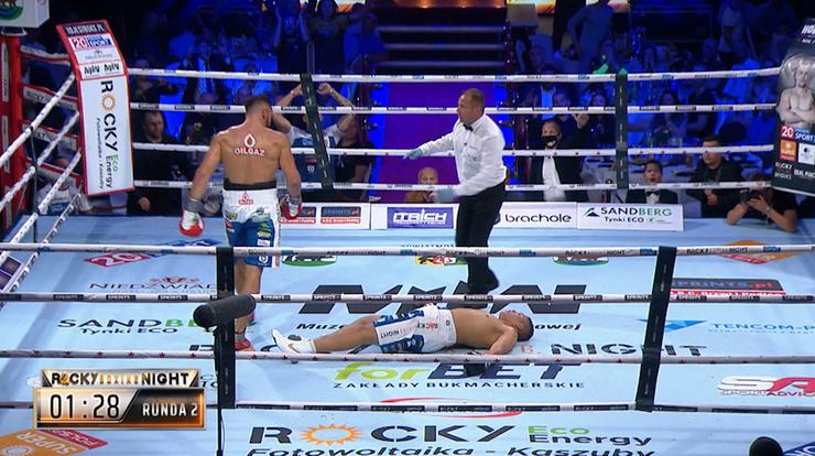 Igor Jakubowski pokonał Pawła Nowaczyńskiego. Ciężki nokaut!