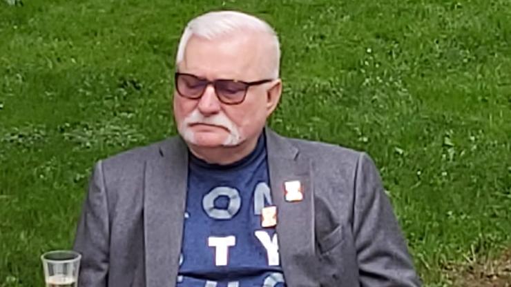 Lech Wałęsa napisał wiersz. Nawiązał do swojego życiorysu