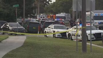 """Podejrzany o """"brutalne przestępstwa przeciw dzieciom"""" zastrzelił dwoje agentów FBI"""