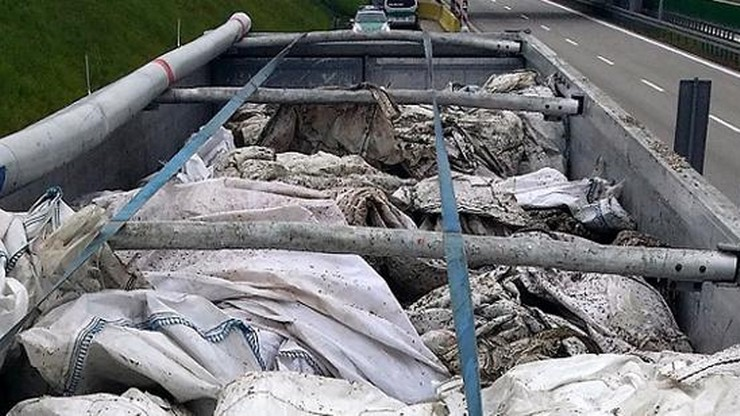 20 ton nielegalnych odpadów. Jechały do Polski z Niemiec