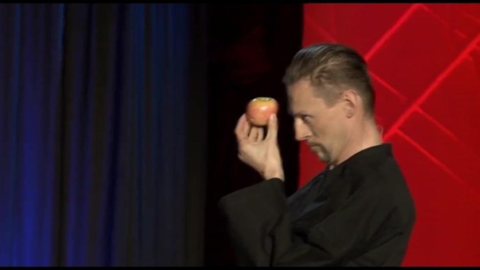 Kabaret Ani Mru Mru - Kung-Fu Jabłka